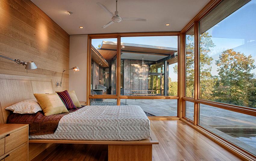 Кровать должна быть прочной, экологичной, удобной и изготовленной из качественных материалов