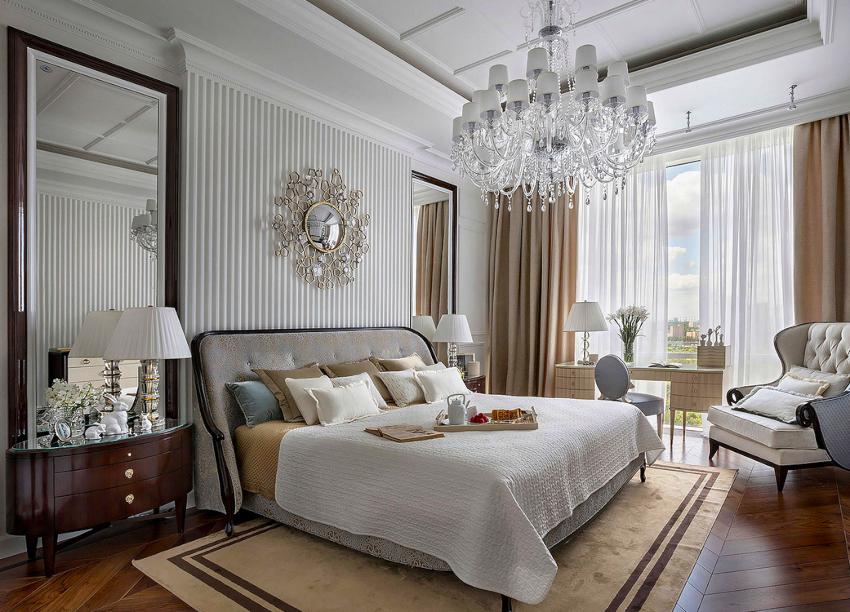 При выборе текстиля для двуспальной кровати нужно учитывать не только ширину и длину спального места, но и высоту матраса