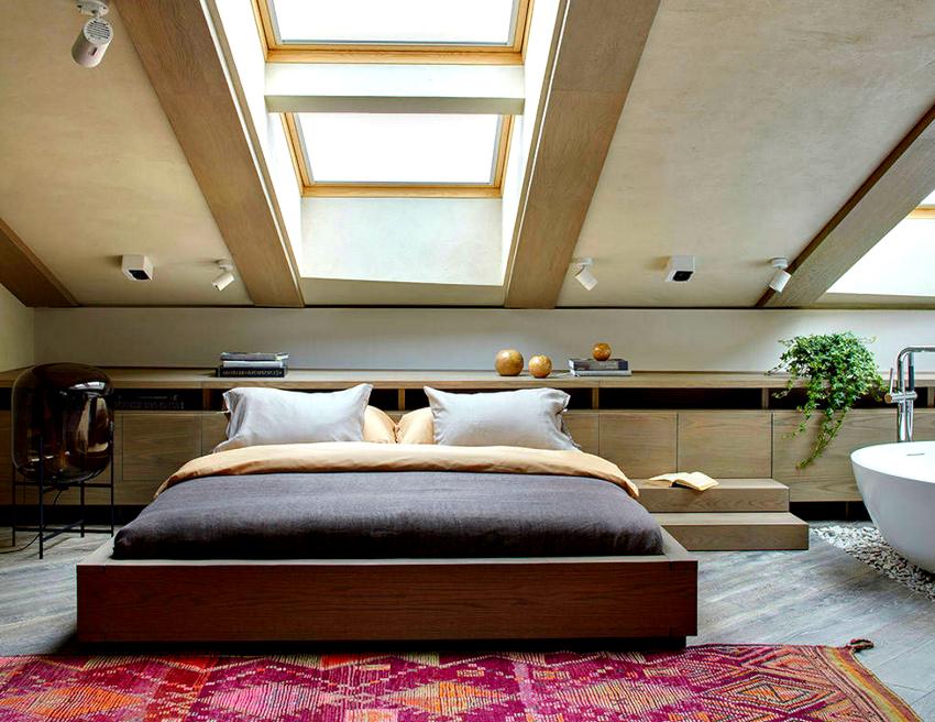 Стандартная высота двуспальной кровати составляет 50 см