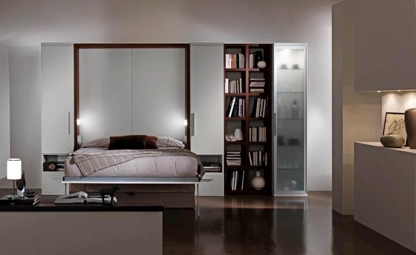 Классический вариант - это шкаф, который преобразовывается в кровать