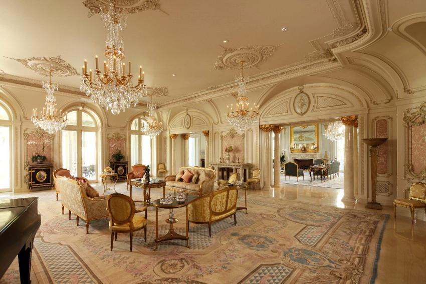 Классический стиль имеет несколько основных направлений, таких как современная классика, рококо, барокко