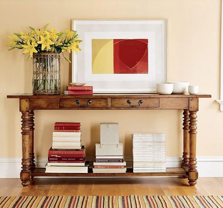 Деревянный консольный столик возможно изготовить собственноручно
