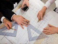 Перепланировка требует специальных разрешений, поэтому следует получить все согласования до начала ремонта