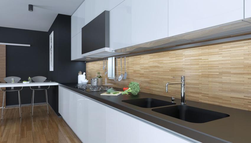 Интерьер кухни в стиле хай-тек прекрасно смотрится с фартуком в цвет пола