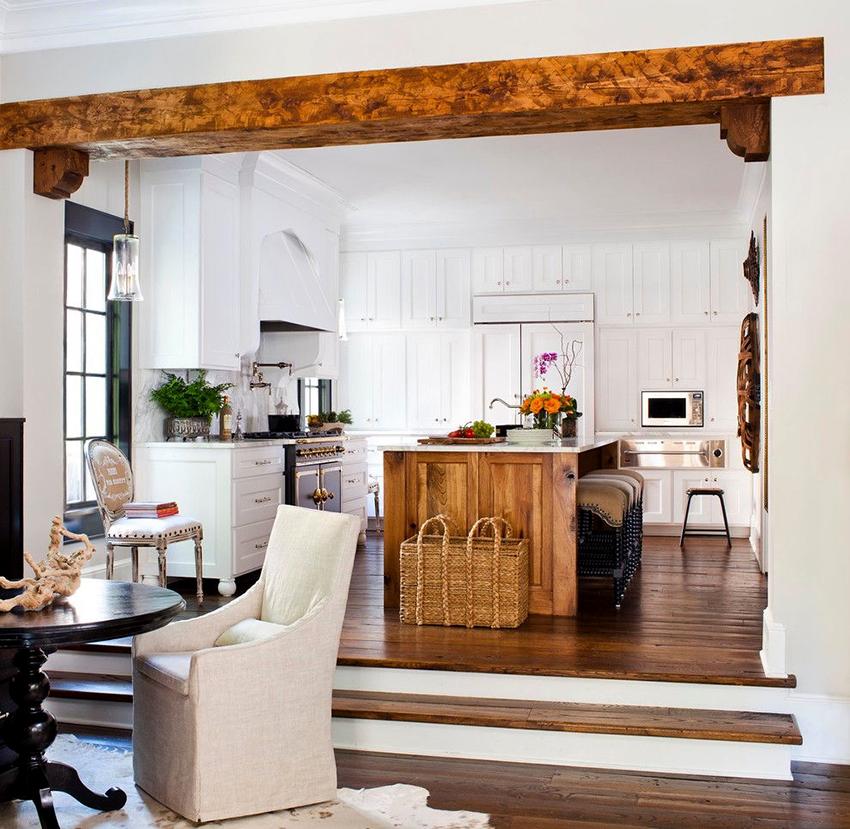 В отделке, мебели и декоре кухонь кантри должны использоваться только натуральные материалы