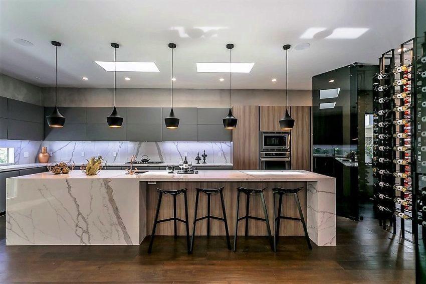 Цветовая гамма на кухне в стиле минимализм выполняется в нейтральных оттенках