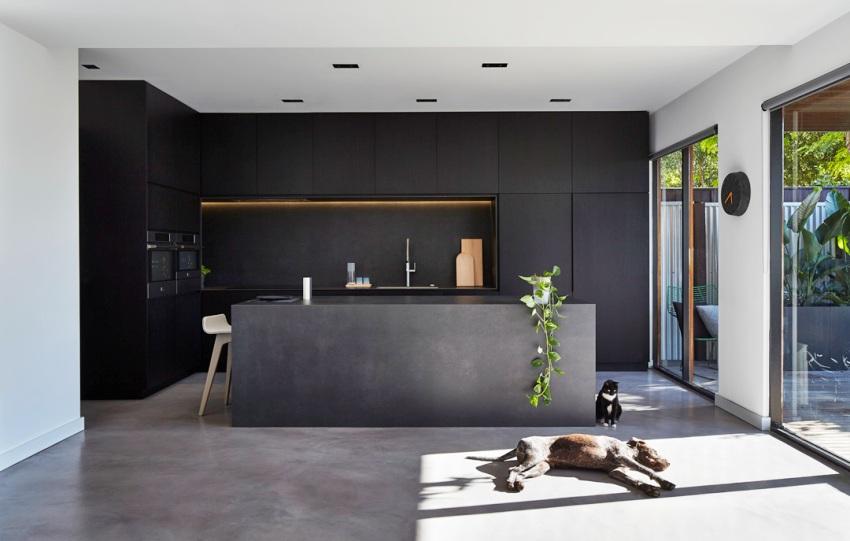 Часто обеденный стол на кухне минималистического стиля заменяется барной стойкой