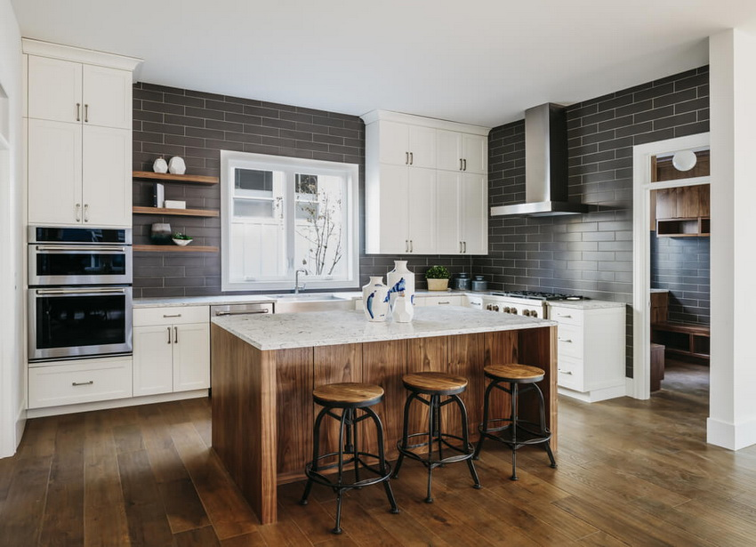 Для изготовления мебели для кухни в стиле модерн нередко используют натуральные материалы наравне с синтетическими