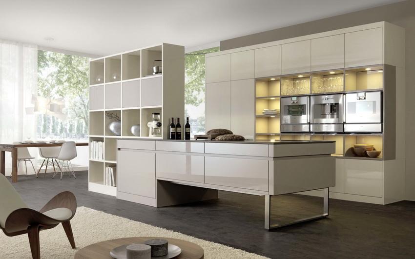 По сравнению с временами зарождения стиля, сейчас в стиле модерн преобладает минимализм и геометрически правильные формы
