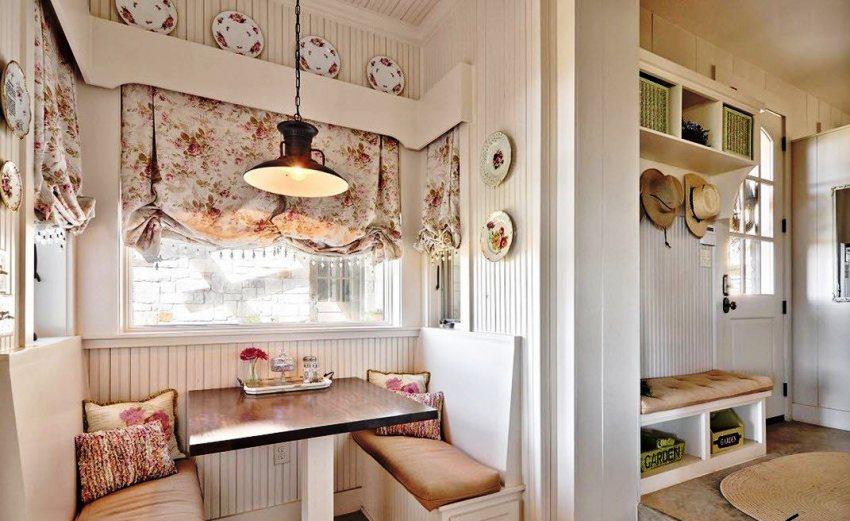 Цветочный принт на шторах является наиболее популярным в стиле прованс