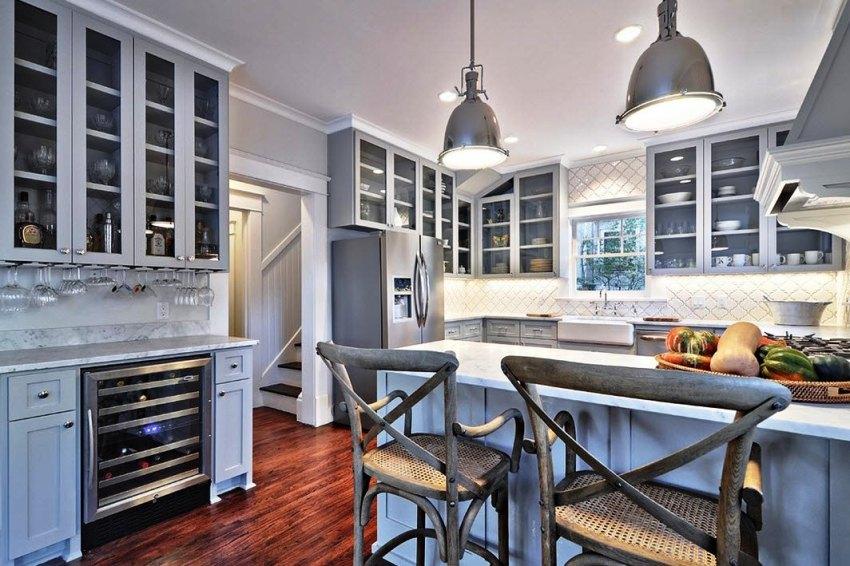 Палитра используемых оттенков не кухне в стиле прованс достаточно широка и разнообразна