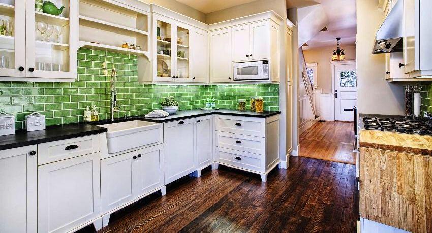 Кухонный угловой гарнитур: оптимальное и оригинальное решение для небольшой кухни