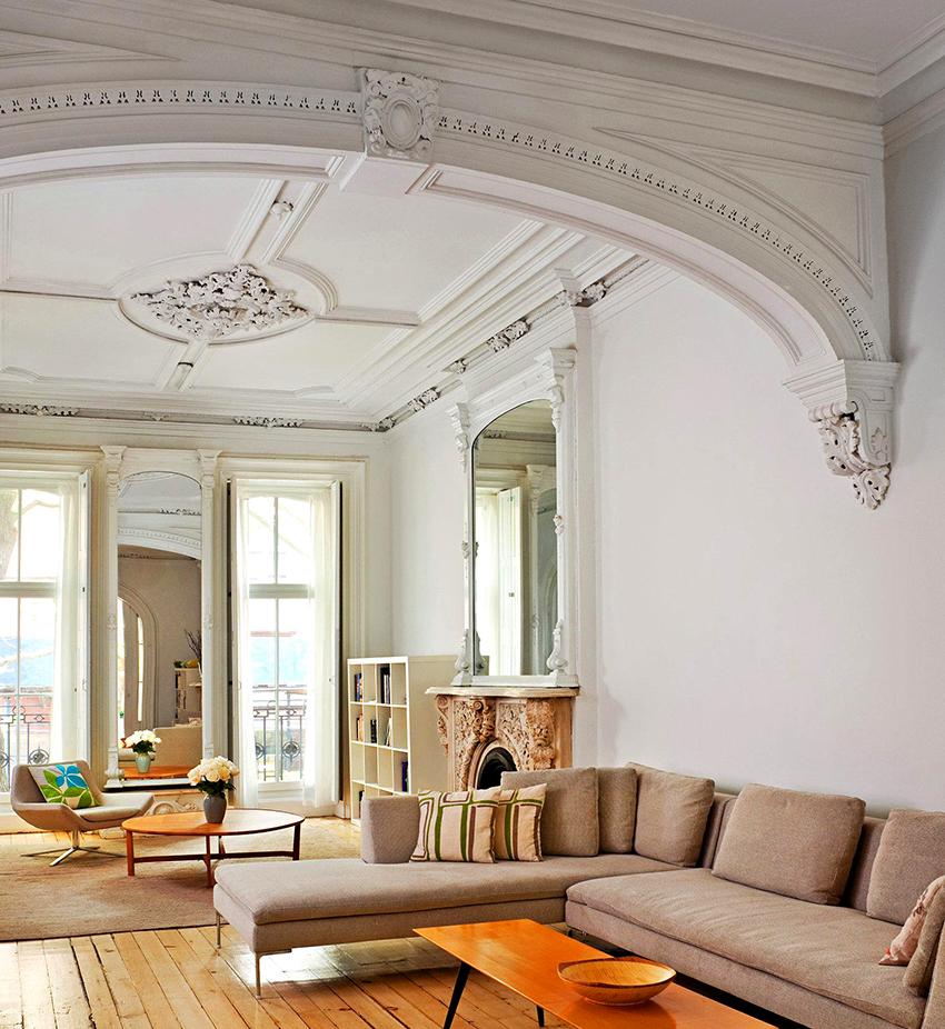 Декор из гипса способен любое помещение сделать изящным и эффектным