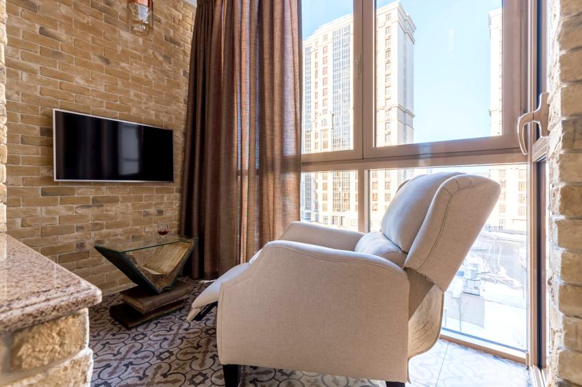 Для отделки балконов рекомендуется использовать искусственный камень, так как он имеет меньший вес чем натуральный