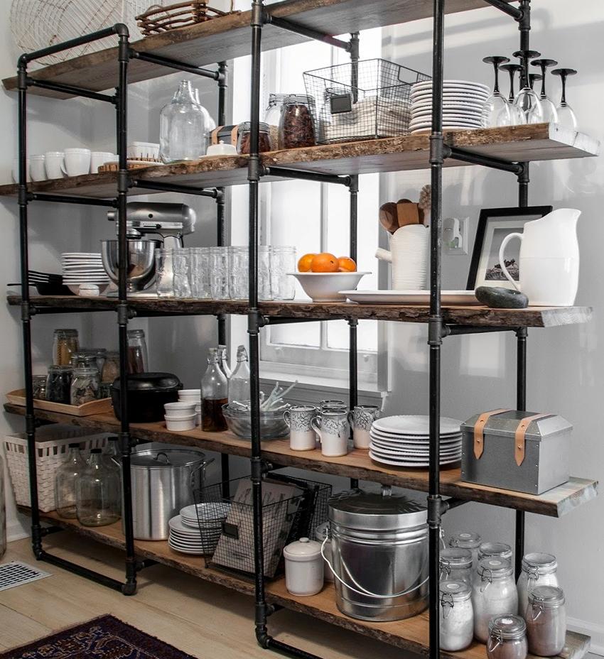 Полка-стеллаж – идеальный вариант, когда необходимо хранить большое количество предметов