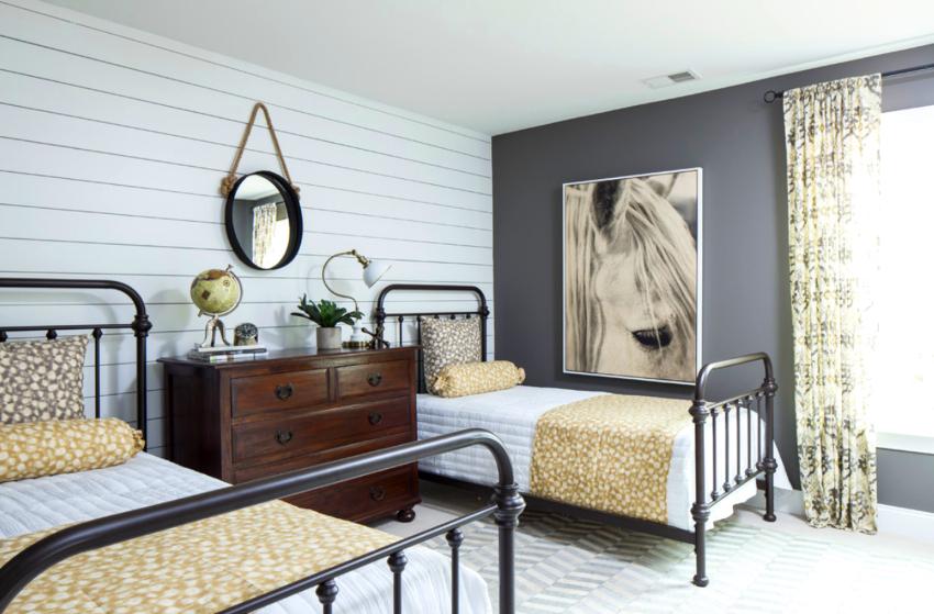 Ширина полуторной кровати варьирует от 120 до 160 см