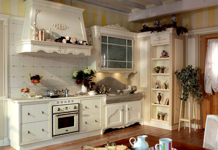 Кухонные шкафы прованс могут оснащаться различным количеством ящиков всевозможных размеров