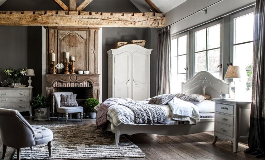 Для изготовления мебели в стиле прованс применяют орех, сосну, дуб, бук