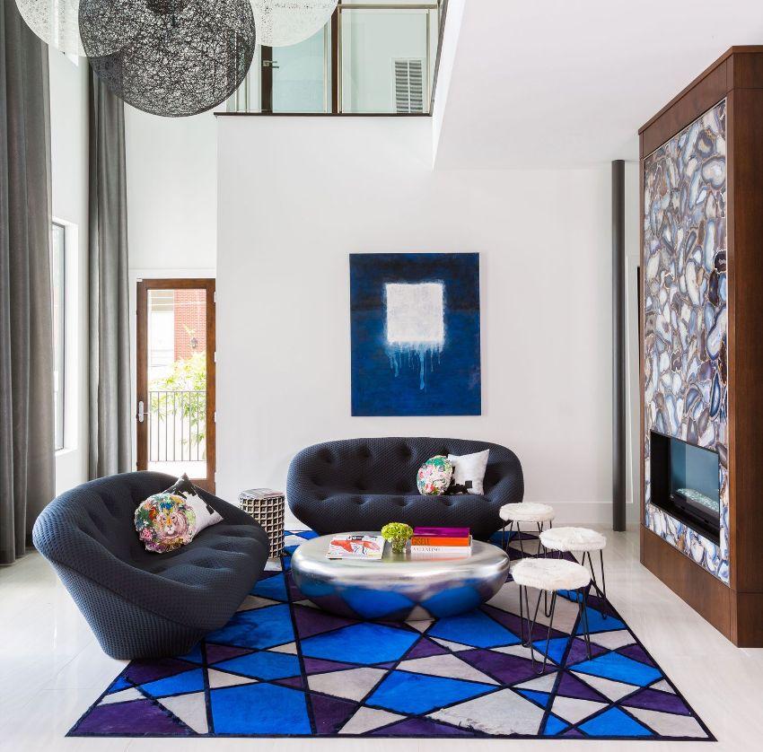 Если в интерьере в современном стиле сочетается несколько цветов, то они должны идеально подходить друг к другу