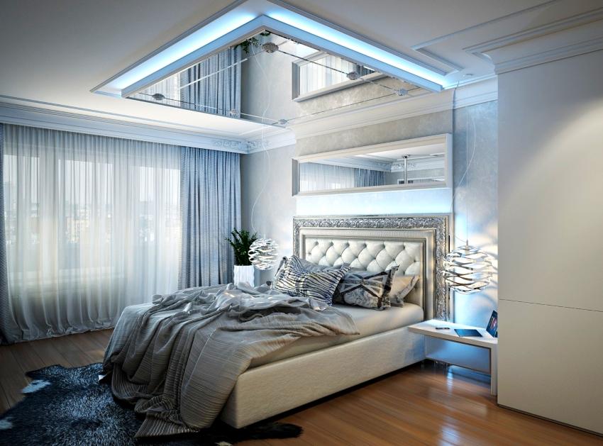 Освещение в спальнях хай-тек может быть многоуровневым