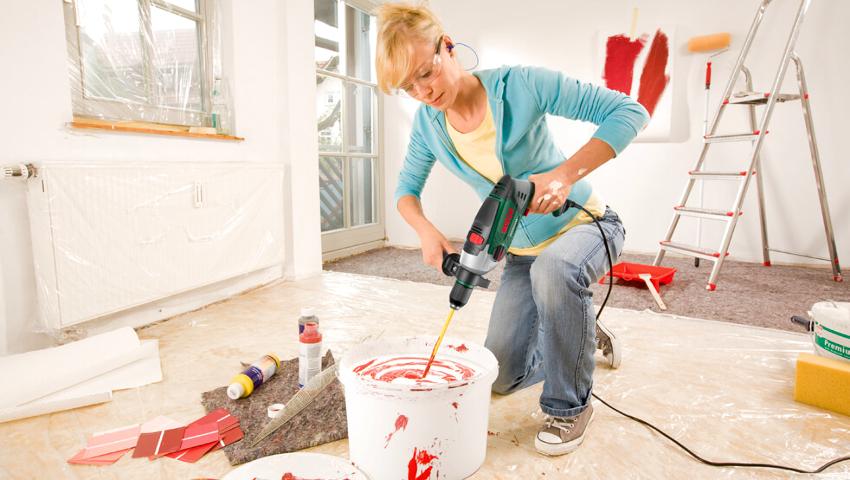 Для отделки стен в стиле минимализма применяются бетон, стекло и натуральный камень