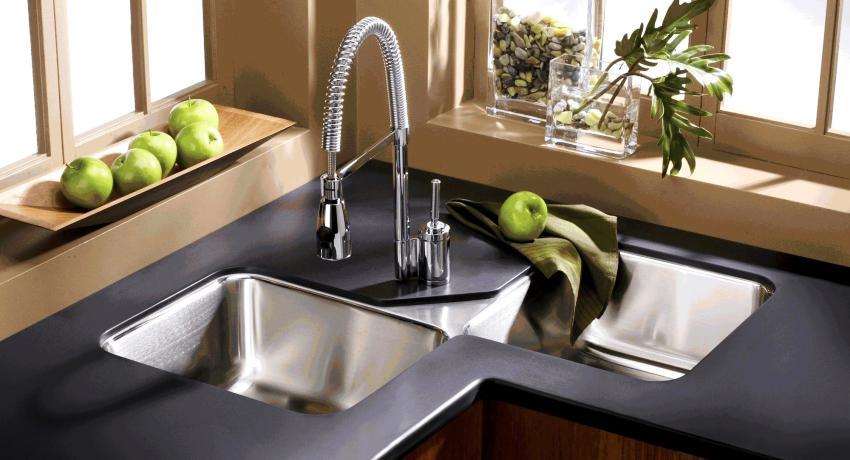 Угловая мойка для кухни: оптимальный вариант для малогабаритного помещения