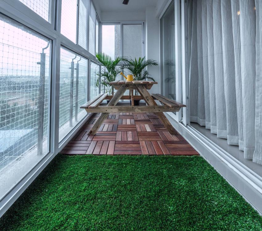 Для балконов на первом и последнем этажах рекомендуется использовать решетки и противовзломную фурнитуру