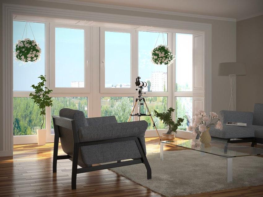 Застекленный балкон обеспечивает надежную защиту квартиры от воздействий окружающей среды