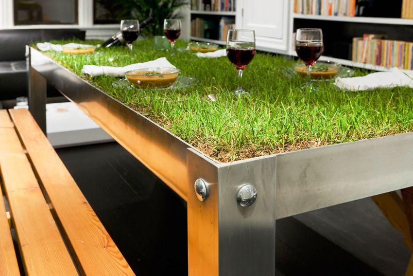 Мебель экостиля выглядит необычно и оригинально, но органично вписывается в интерьер