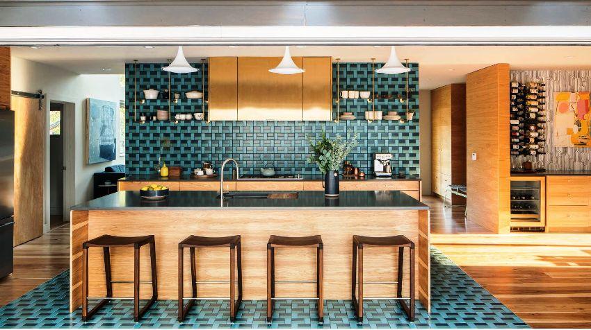 Прежде чем выбрать кухонный гарнитур, необходимо тщательно продумать, какие именно задачи он будет выполнять