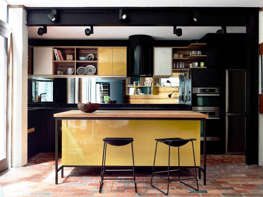 Когда мебель размещена линейно, кухня остается не загроможденной