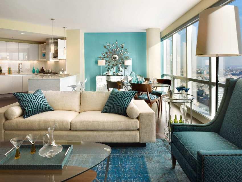 В современной стилистике гостиной часто встречаются оригинальные цветовые сочетания
