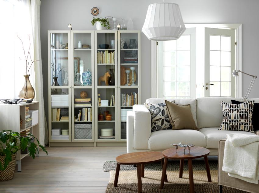 Дизайнерским приемом расширения пространства является организация правильного освещения