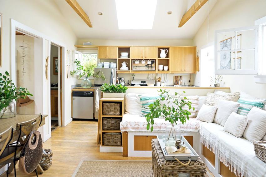 Грамотно выполненная планировка позволит совместить гостиную с кухней