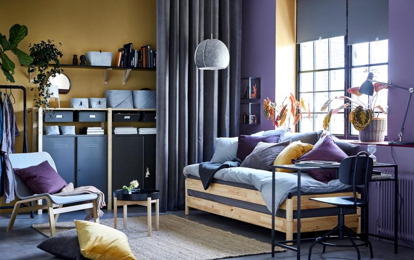 Оформление спальни-гостиной подразумевает наличие спальной зоны и пространства для приема гостей