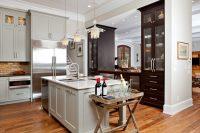 Необходимо, чтобы весь кухонный гарнитур был прочно закреплен, а в стыках не должны присутствовать зазоры