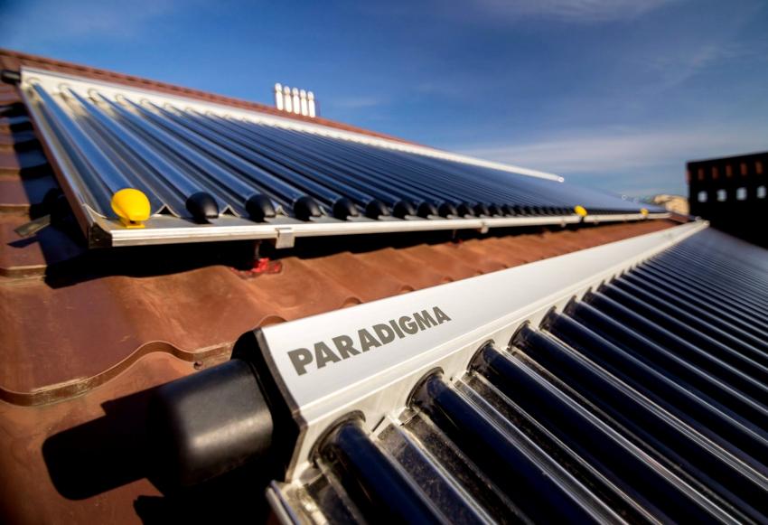 Вакуумный коллектор для отопления состоит из светопоглощающих колб, в которых располагаются трубки, где движется теплоноситель