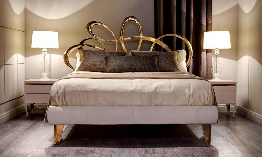 Подушки для декора рекомендуется использовать небольших размеров, однотонные, без принтов