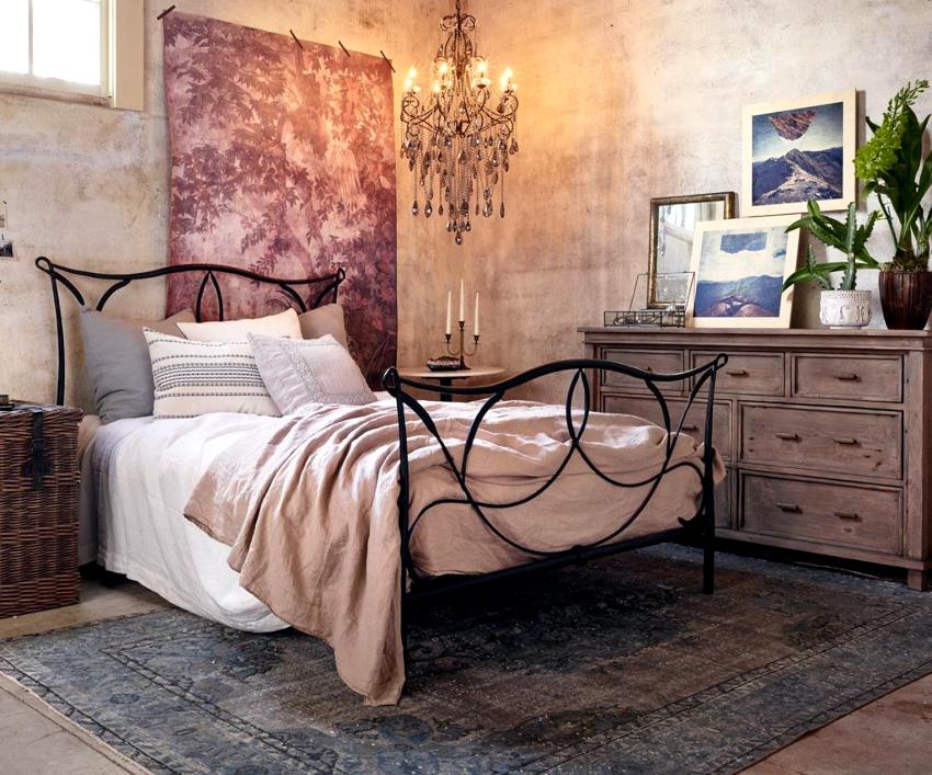 Создав кованую кровать своими руками, можно приобрести огромное количество позитивных эмоций и сэкономить много средств