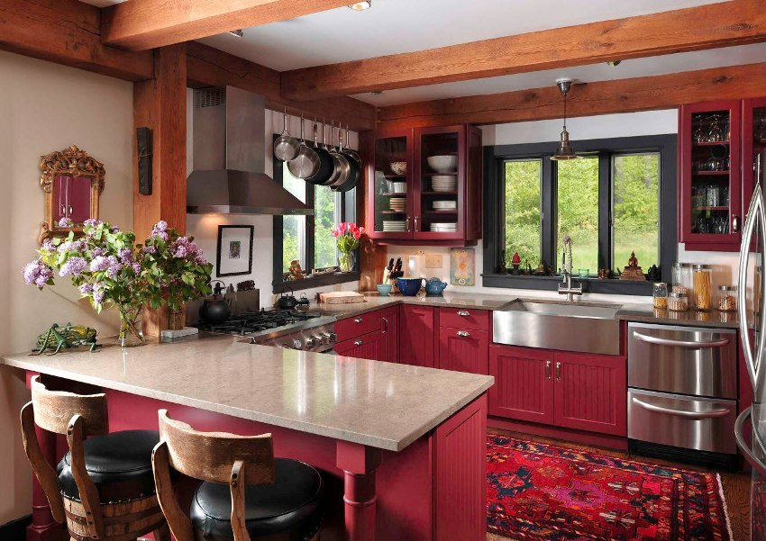Кухни бордо – это прекрасная альтернатива ярко-красному дизайну кухни