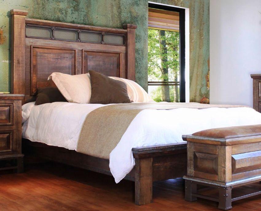 Кровати из цельного дерева отличаются прочностью и долговечностью