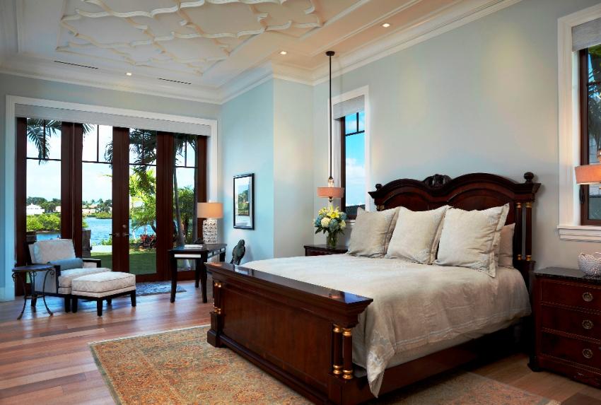 При необходимости можно заказать модель двуспальной деревянной кровати под индивидуальные параметры