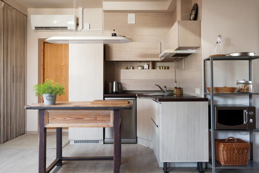 Угловые кухонные гарнитуры идеальны, когда в помещении совсем мало места