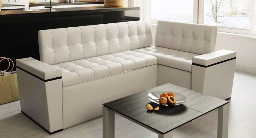 Кухонный уголок может быть как однотонным, так и с разнообразными узорами в зависимости от стилистики интерьера