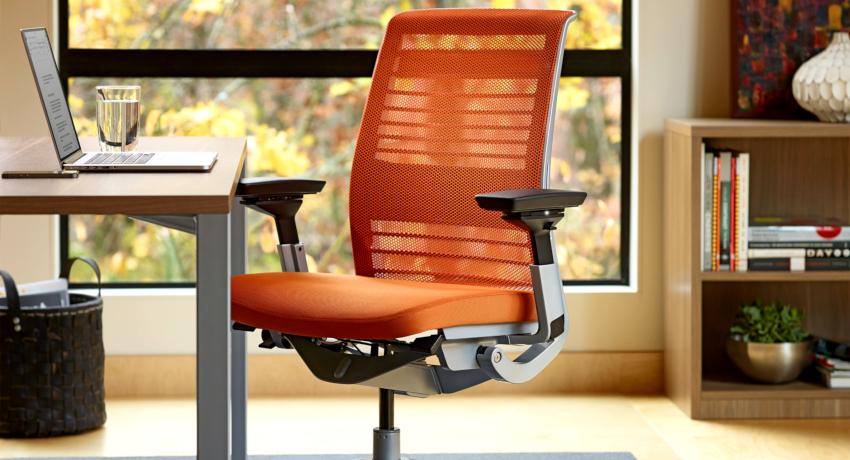 Ортопедическое кресло: как обезопасить свой позвоночник от нагрузок