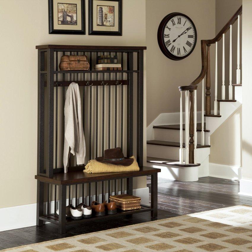 Чтобы мебель смотрелась выразительно, выбирать ее нужно контрастно с тоном стен