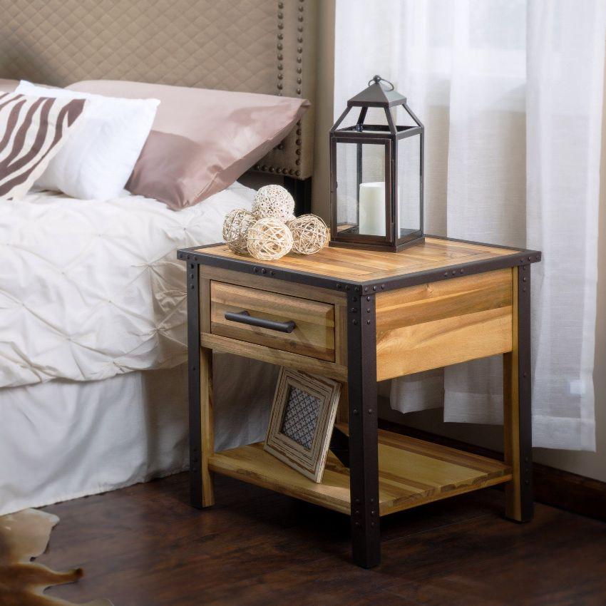 Тумбочка не только дополняет и украшает интерьер спальни, но и является очень функциональным предметом