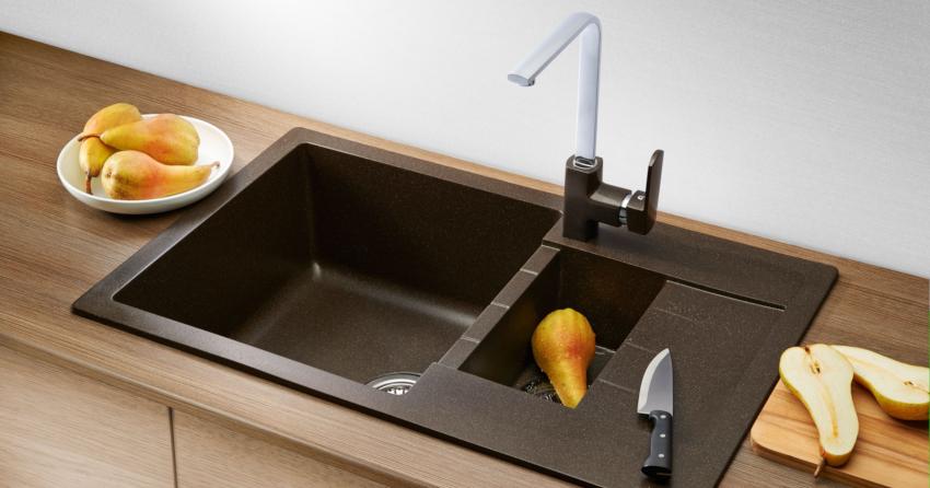 Наиболее распространенный материал для изготовления кухонных рабочих поверхностей – это МДФ и ДСП