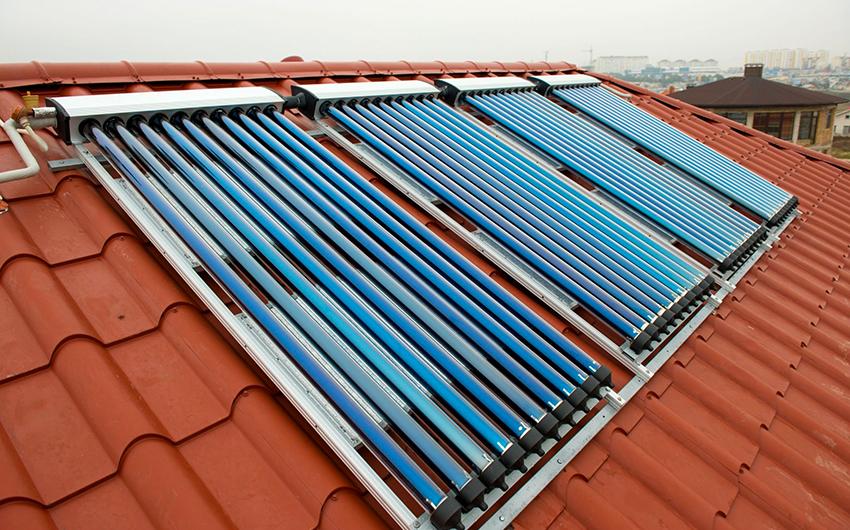 Солнечные воздушные коллекторы бывают плоскими или в виде системы из труб