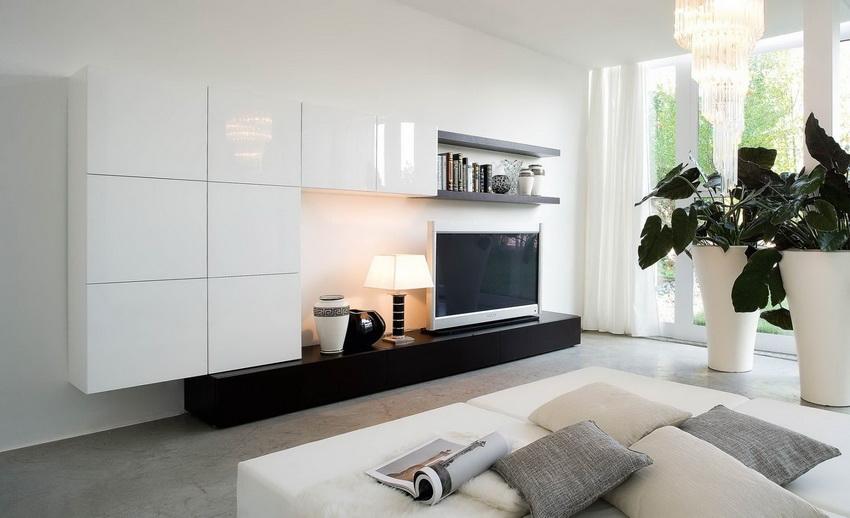 Модульные стенки позволяют экономить пространство и не занимают много места